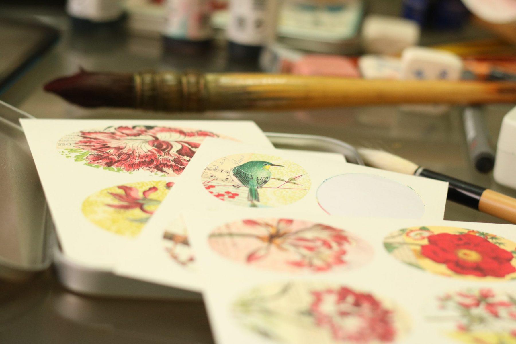 Dibujos en el estudio